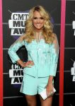 Celebrities Wonder 28802140_2013-cmt-music-awards_Carrie Underwood 2.jpg
