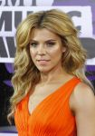 Celebrities Wonder 35037118_2013-cmt-music-awards_Kimberly Perry 2.jpg