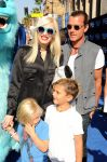 Celebrities Wonder 44045699_Monsters-University-premiere-Los-Angeles_Gwen Stefani 3.jpg