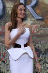 Celebrities Wonder 47675584_angelina-jolie-World-War-Z-Berlin_4.jpg