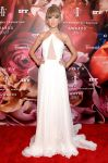 Celebrities Wonder 51917_2013-Fragrance-Foundation-Awards_1.jpg