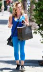 Celebrities Wonder 65667935_hilary-duff-los-angeles_5.jpg