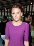 Celebrities Wonder 66777401_Elizabeth-and-James-Fall-2013-Handbag-Collection-launch_Aimee Teegarden 4.jpg