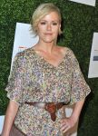 Celebrities Wonder 68765835_10th-Annual-Inspiration-Awards_Kathleen Robertson 3.jpg