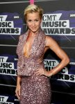 Celebrities Wonder 7318299_2013-cmt-music-awards_Kellie Pickler 2.jpg