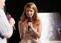 Celebrities Wonder 76654759_anna-kendrick-iHeartRadio_8.jpg