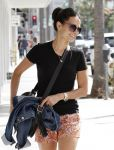 Celebrities Wonder 79773723_jordana-brewster-la_4.JPG