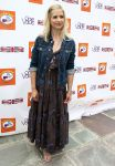 Celebrities Wonder 8415403_sarah-michelle-gellar-7th-Annual-Kidstock-Music-and-Art-Festival_1.jpg