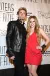 Celebrities Wonder 93245980_avril-lavigne-Songwriters-Hall-of-Fame-Induction-Ceremony_4.jpg