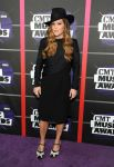 Celebrities Wonder 96009973_2013-cmt-music-awards_Lisa Marie Presley 1.jpg