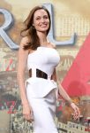 Celebrities Wonder 97452396_angelina-jolie-world-war-z-berlin_5.jpg