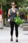 Celebrities Wonder 11642289_sophia-bush-gym_4.jpg