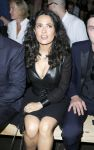 Celebrities Wonder 12399914_salma-hayek-Yves-Saint-Laurent-Menswear-show_4.jpg