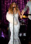 Celebrities Wonder 14053927_mariah-carey-MLB-All-Star-Charity-Concert_4.jpg