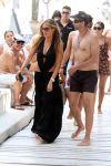 Celebrities Wonder 14665125_sofia-vergara-swimsuit_0.jpg