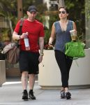 Celebrities Wonder 16520554_sophia-bush-gym_6.jpg