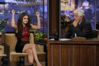 Celebrities Wonder 19756658_selena-gomez-The-Tonight-Show-with-JayLeno_8.jpg