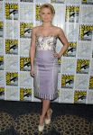 Celebrities Wonder 21135503_Once-Upon-a-Time-panel-during-2013-Comic-Con_Jennifer Morrison 1.JPG