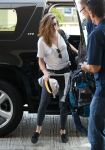 Celebrities Wonder 22132702_kristen-stewart-lax-airport_2.JPG