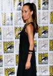 Celebrities Wonder 25485988_Divergent-press-line-at-Comic-Con_Maggie Q 2.jpg