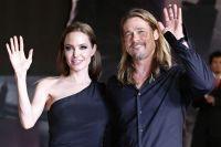 Celebrities Wonder 28132146_Angelina-Jolie-at-World-War-Z-Tokyo-Premiere_5.jpg