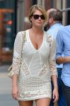 Celebrities Wonder 29801152_kate-upton-mini-dress_5.jpg