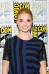 Celebrities Wonder 31262895_Once-Upon-a-Time-panel-during-2013-Comic-Con_Emma Rigby 2.jpg