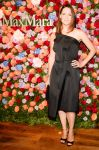 Celebrities Wonder 32948896_jennifer-garner-MAX-MARA-Accessories-Campaign-launch_2.jpg