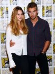 Celebrities Wonder 38591976_Divergent-press-line-at-Comic-Con_3.jpg