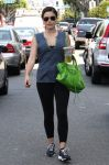 Celebrities Wonder 43738807_sophia-bush-gym_1.jpg