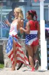 Celebrities Wonder 44057463_Paris-Hilton-and-Christina-Milian-beach_7.jpg