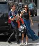 Celebrities Wonder 52057886_miranda-kerr-with-her-family_2.jpg