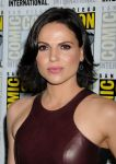 Celebrities Wonder 52093097_Once-Upon-a-Time-panel-during-2013-Comic-Con_Lana Parrilla 3.JPG