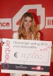 Celebrities Wonder 58901663_doutzen-kroes-At-Dance-4-Life_4.JPG