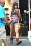 Celebrities Wonder 6236382_chloe-moretz-filming-filming-The-Equalizer_1.jpg