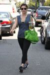 Celebrities Wonder 62506878_sophia-bush-gym_3.jpg