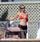 Celebrities Wonder 62798418_paris-hilton-red-bikini_6.jpg