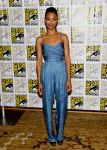 Celebrities Wonder 65911115_zoe-saldana-Guardians-of-the-Galaxy-2013-Comic-Con_3.jpg