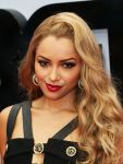 Celebrities Wonder 7215045_2013-bet-awards_Kat Graham 2.jpg