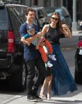 Celebrities Wonder 72152255_miranda-kerr-with-her-family_4.jpg