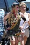 Celebrities Wonder 72684703_avril-lavigne-filming-her-video_8.jpg