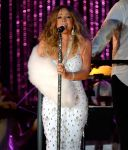 Celebrities Wonder 76696751_mariah-carey-MLB-All-Star-Charity-Concert_6.jpg
