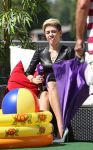 Celebrities Wonder 78083741_miley-cyrus-tv-show_9.jpg