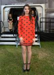 Celebrities Wonder 79278962_hailee-steinfeld-Enders-Game-Experience_1.jpg