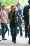 Celebrities Wonder 88971883_claire-danes-set-of-homeland_1.jpg