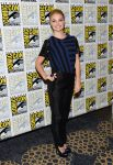 Celebrities Wonder 92883709_Once-Upon-a-Time-panel-during-2013-Comic-Con_Emma Rigby 1.jpg