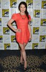 Celebrities Wonder 93929888_Once-Upon-a-Time-panel-during-2013-Comic-Con_Emilie de Ravin 1.JPG