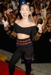 Celebrities Wonder 15071714_miley-cyrus-mtv-video-music-awards-2013_7.jpg