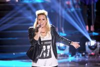 Celebrities Wonder 20315553_demi-lovato-2013-teen-choice_7.jpg