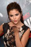 Celebrities Wonder 23815743_selena-gomez-getaway-premiere_5.jpg